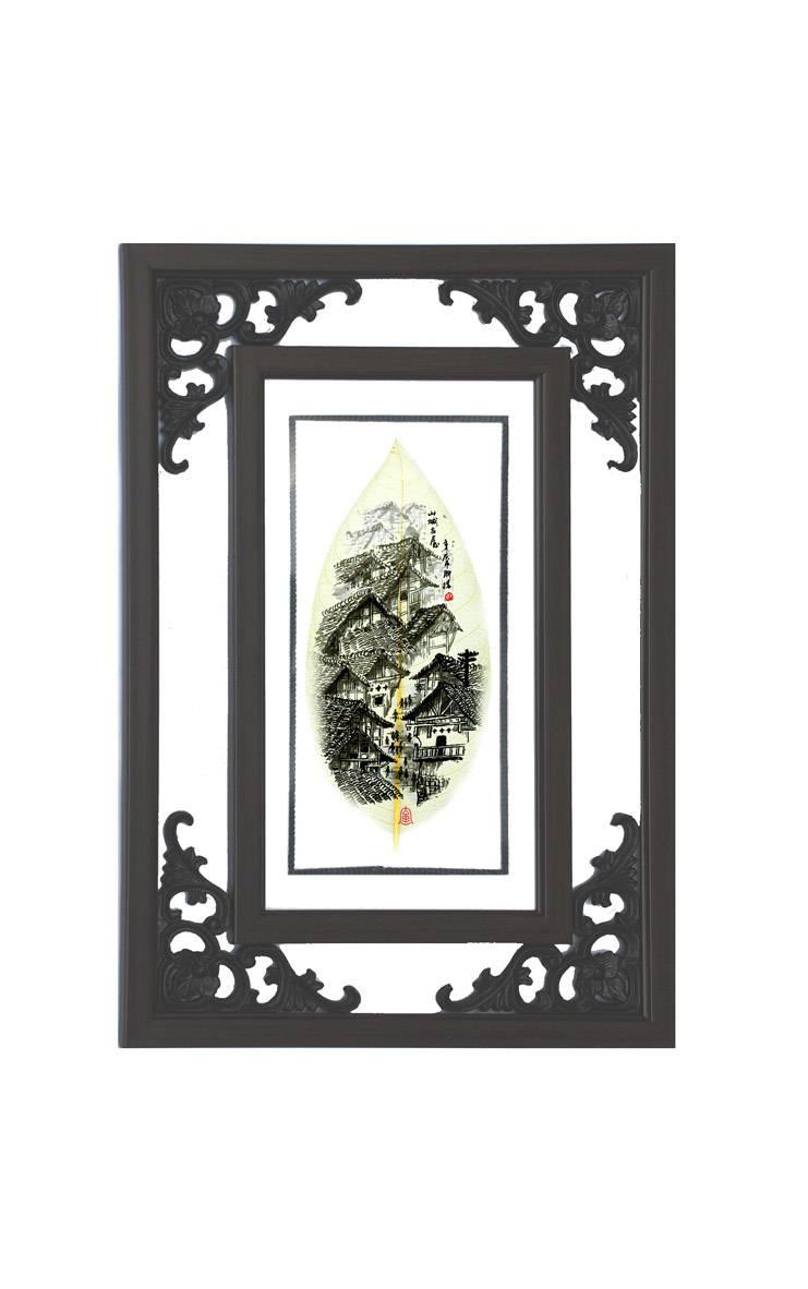 重庆老房子壁挂花角镜框